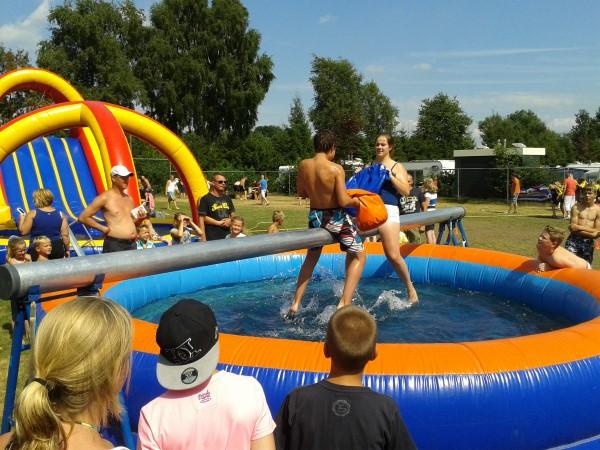 Zwembad + Balk